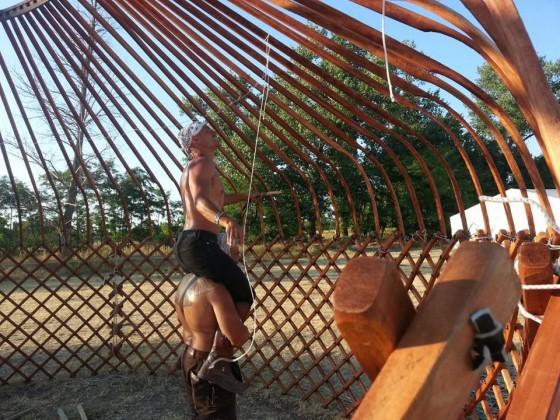 jurtaépítés