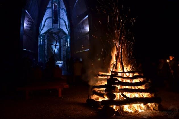 Emléktűz a pákozdi Doni Kápolnánál / Katonai Emlékpark Pákozd
